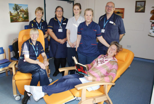Making carers welcome – new chairs offer comfort for overnight stays